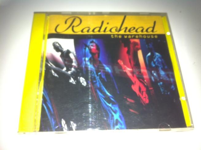 La portada mejoraba... ese CD en amarillo, puro 90's