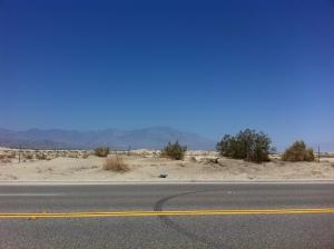 Carretera del desierto (by @carloskarmolina)